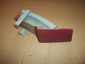 71-76 IMPALA CAPRICE DASH CARRIER POD ASH TRAY BRACKET ASSEMBLY CRANBERRY RED