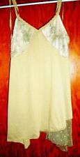 BRONDE GIRL BROWN LACY  KNIT TOP SIZE SMALL
