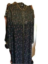 African cultural ethnic clothing african women