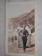 Vecchia foto bagnante costume da bagno spiaggia di ATRANI Costiera Amalfitana da