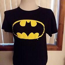 Juniors Black Short Sleeve Pullover T-Shirt by BATMAN Size: Small