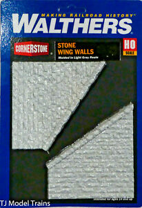 Walthers Cornerstone #933-4586 Stone Wingwalls (Casted Parts) Light Gray Resin