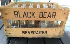 VINTAGE BLACK BEAR SODA BEVERAGES IN WOOD BOX CARRIER CRATE WITH GLASS BOTTLES