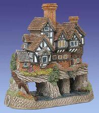 David Winter Cottage THE TICKLED TROUT  #D1015 *NIB* Beautiful Piece*