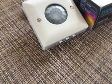 Danlers Ceiling Surface Mounted PIR Occupancy detector Switch White CESFPIR