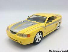 Ford Mustang SVT Cobra 1998 - gelb/ silber -  1:24 MotorMax