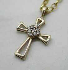 Lovely 9ct Gold And White Tourmaline Maltese Cross Pendant And Chain