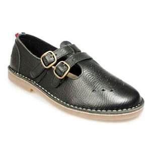 Pod Marley Womens Leather 2-Strap Sandals - Black