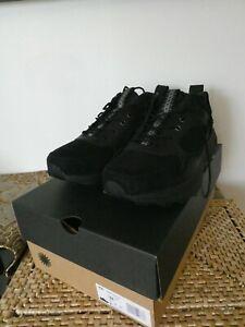 UGG Men's Miwo Trainer Low Suede Black Sneakers 1104970 Size 11US -EU 44