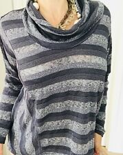 METALICUS WOMENS BLOUSE TOP STRIPED KNIT GREY POLY VISCOSE SZ 1