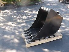 """New 24"""" Wain Roy Style Backhoe Bucket to fit 1/4 yd. Coupler"""
