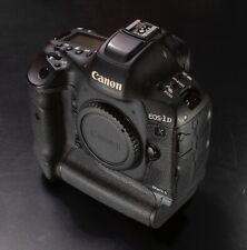 Canon EOS-1D X Mark II In very nice condition DSLR 20.2MP