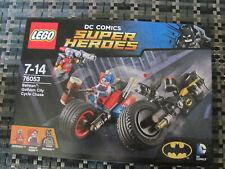 Lego Super Heroes 76053 Batman Batcycle Chasse dans Gotham City