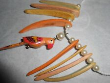 Bead & wood necklace with parrot screw closure 9 inch drop