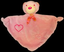 Doudou Ours BABY CLUB Plat Triangle Rose Coeurs Brodés Grelot NEUF