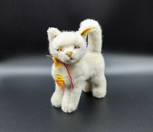 Vintage STEIFF White Cat Sulla Made Western Germany 2735/16 With Tags and Button