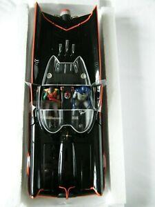 Hot Wheels BCJ95 Batmobile 1:18 Scale