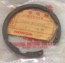 1981-1982  Honda CBX GL500 Inner Circlip Rear Shock Absorber 52447-MA2-003 NOS