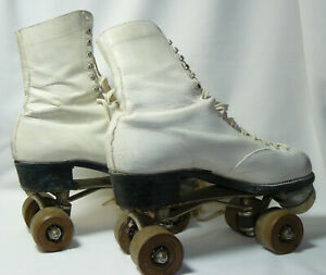 Vintage Betty Lytle M.A.R.S White Women's Roller Skates with Case