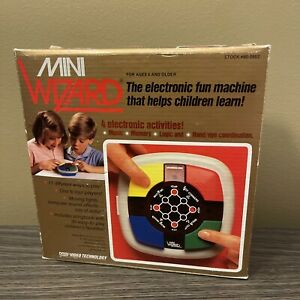 1987 Vintage Vtech MINI WIZARD Simon Electronic Memory Handheld Game