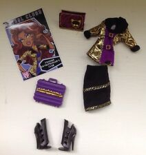 2011 MONSTER HIGH Fashion Entrepreneur's Club CLAWDEEN WOLF Outfit, Shoes, Case