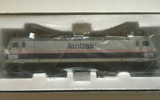 Atlas HO Scale-  AEM-7  Amtrak #909 Phase V Paint Scheme #909.
