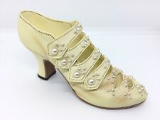 Just The Right Shoe By Raine Edwardian Grace Item 25024 Collectible Miniature