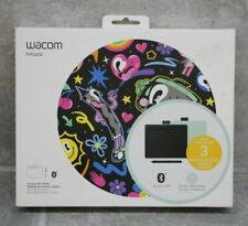 Wacom Intuos Bluetooth Graphic Tablet - Small/Pistachio