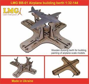 LMG BB-01 1/32-1/144 Airplane building berth, Laser Model Graving, Stand
