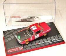 Voitures de sport miniatures rouges Lancia