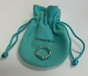 Tiffany & Co Ladies Enamel Hugs & Kisses Ring Sterling Silver Size 5