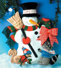 Design Works Crafts Inc WOODLAND FRIENDS SNOWMAN DOOR WALL HANGING KIT NEW
