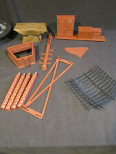 Mego Planet of the Apes Treehouse Parts Lot #1
