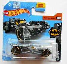 HOT WHEELS JUSTICE LEAGUE BATMOBILE BATMAN - Mattel