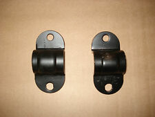PAIR OF SUZUKI ALTO FRONT ANTI ROLL BAR MOUNTING BRACKETS & BUSHES