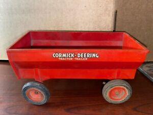 1/16 Scale Plastic Product Miniature McCormick Toy Tractor Wagon
