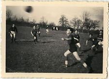 PHOTO ANCIENNE - VINTAGE SNAPSHOT - SPORT FOOTBALL JEU MATCH ÉQUIPE MOUVEMENT