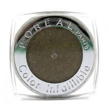 Maquillage longue tenue L'Oréal en bronze pour les yeux