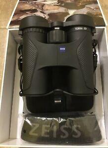 Zeiss Terra ED 8 x 32 Binoculars Model 523203 Black - Brand New in Box