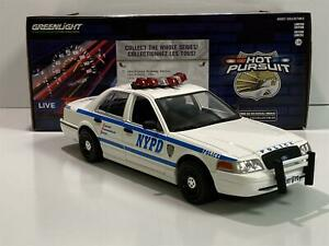2011 Ford Crown Victoria NYPD Police Car 1:24 Scale Greenlight 85513