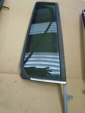 LANDROVER DISCOVERY 3 OR 4 RIGHT REAR DOOR 1/4 LIGHT GLASS WINDOW DARK TINT (10