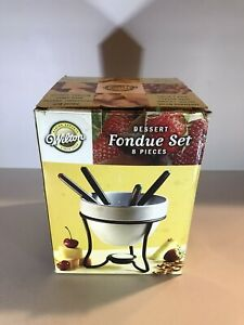 Wilton Dessert Fondue Set for 4 People Used Once Non Electric Off Grid Tea Light