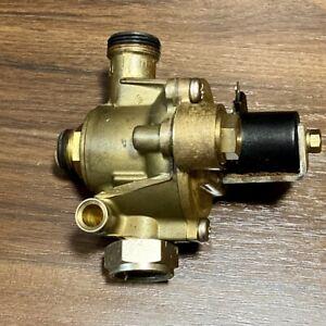 Junkers Hydraulikschalter ZWR 18-2 / 24 -2  KE / AE 8717204136 0