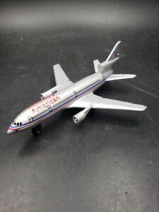 Matchbox American Airline SB13 DC-10 Jet Plane Die Cast Metal 2000