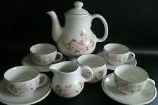 Boots Hedge Rose Teaset Tea Pot Milk Sugar Cups & Saucers Excellent Condition