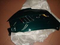 fianco fiancata laterale nuova verde destro per scooter Peugeot SC50L Metropolis