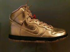 Nike SB Dunk High QS UK 9 EUR 44 Trumpet Gold AV4168 776 New