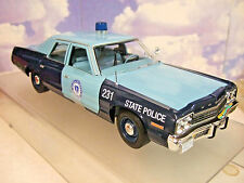 Autoworld 1/18 Diecast 1974 Dodge Monaco Pursuit Massachusetts State Police Voiture