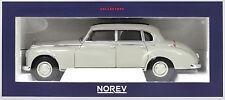 Mercedes-Benz 300 Baujahr 1955 hellgrau Maßstab 1:18 von Norev