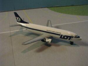 HERPA WINGS (501262) LOT POLISH 737-400 1:500 SCALE DIECAST METAL MODEL